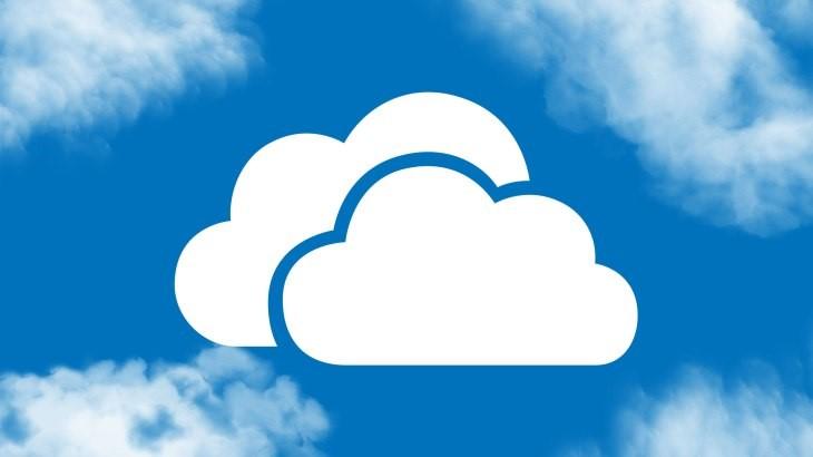 Felhő ikon felhős háttérrel